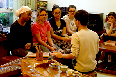 students learning japanese tea ceremony