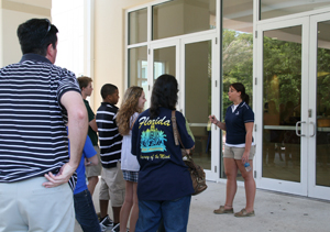 Prospective students and their parents on a campus tour