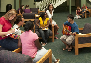 A group of UNF students in a residence hall (photo by Fructuoso Navarro)