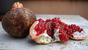 Get the goods on pomegranate.