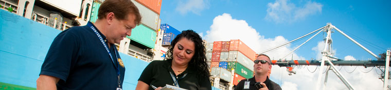 Logistics students visit JaxPort