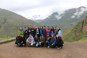 UNF students pose on the way to climb Machu Pichu