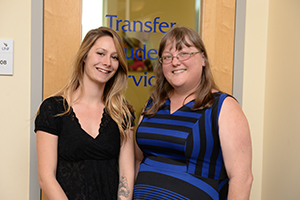 Soon-to-be transfer student Sydney Hood visits with Sherry Hays, transfer services coordinator